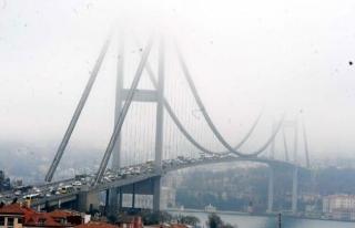 Boğaziçi Köprüsü sis altında kaldı