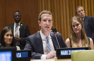 Zuckerberg de Facebook mağduru çıktı!