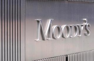 Moody's Fransa'nın kredi görünümünü yükseltti