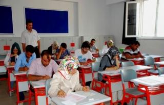 Açık öğretim okul sınavları hafta sonu yapılacak