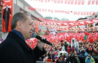 Erdoğan: Avrupa'nın yüzündeki makyaj dökülüyor
