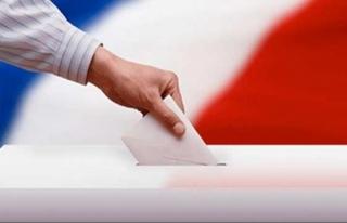 Fransa'da halk cumhurbaşkanı seçimi için sandık...