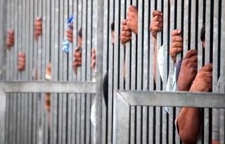 Özbekistan'da 2 bin 700 mahkum affedildi
