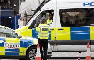 İngiltere'de otomobil bayramlaşan Müslümanları...