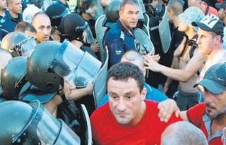 Bulgaristan'da Türkler sokağa çıkamıyor