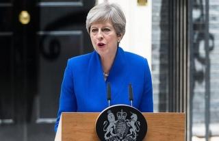 İngiltere Başbakanı May'e suikast engellendi
