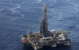 Kıbrıs'ta doğalgaz faaliyetlerine Çavuşoğlu'ndan...