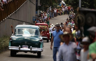 Kolombiya'da antika araba geçişine yoğun ilgi |...