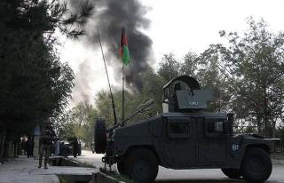 ABD'nin Afganistan'daki hava üssünde intihar saldırısı