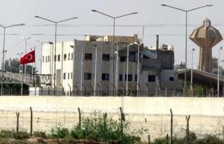 Telabyad'daki ABD ve YPG bayrakları kaldırıldı