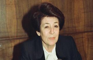 Türkiye'nin ilk kadın bakanı Türkan Akyol öldü
