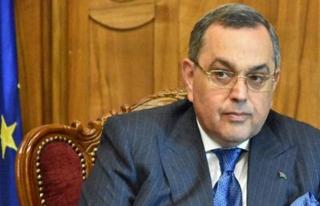 Aliyev, Azerbaycan'ın Makedonya Büyükelçisini...