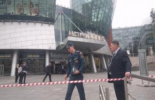 Moskova'da bomba alarmı! 20 bin kişi tahliye edildi