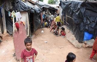 Hindistan'ın Arakanlı Müslümanları sınır dışı...