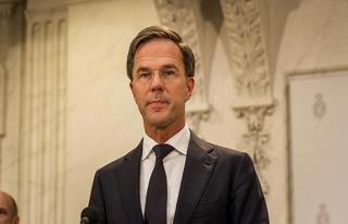 Hollanda'da yeni hükümeti kurma görevi Rutte'a...