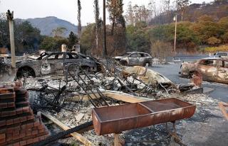 Kaliforniya'daki büyük yangında ölü sayısı...