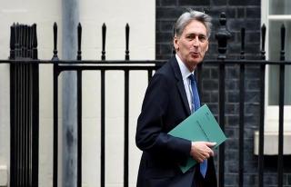 Birleşik Krallık Maliye Bakanı, AB'yi 'düşman'...