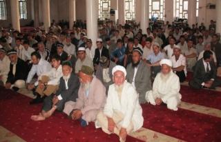 Tacikistan'da, imamlar tüberküloza karşı savaşta...