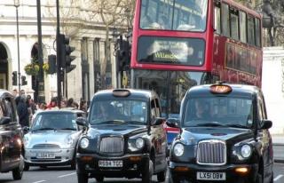 Londra'ya eski araçla girişe zam