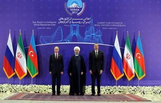 İran'da 'Üçlü Devlet Başkanları Zirvesi' sona...