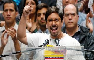 Venezuela'da muhalif Guevara, Şili Büyükelçiliğine...