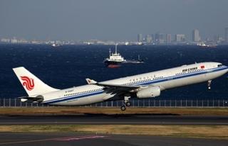 Çin havayolu şirketi Kuzey Kore'ye uçuşları askıya...