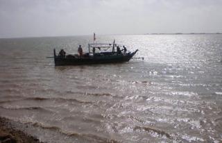 Pakistan'da tekne faciası: 13 ölü
