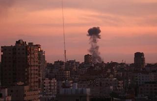 İsrail, Gazze Şeridi'ne savaş uçağı ve tanklarla...