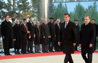 Mirziyayev: Kırgızistan ile aramızda sınır olmayacak