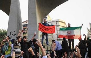 İran'daki gösterilerde 10 kişi hayatını kaybetti
