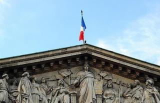 Fransa'da daha önce görülmemiş grev