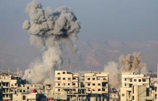 Esad rejiminin Doğu Guta'ya saldırılarında 5 sivil...