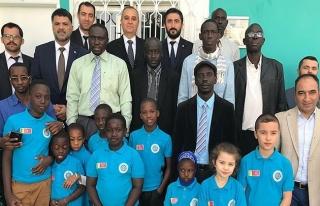 Türkiye'nin Dakar Büyükelçisi Civaner'den, Maarif...