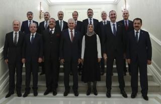 Başbakan Yıldırım HSK üyeleri ile bir araya geldi