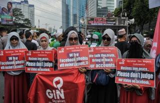 Endonezya'da Facebook protestosu