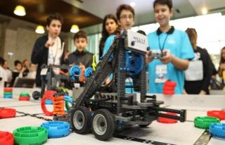 'VEX IQ Off Season Robotik Turnuvası' başladı