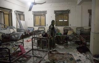 Afrin'deki PYD'den Azez'deki hastanelere top ateşi:...