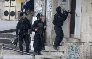 İsrail askerleri 16 yaşındaki Filistinli çocuğu...