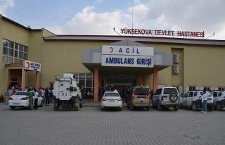 Hakkari'de polis aracı kaza yaptı: 1 şehit, 2 yaralı