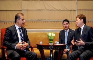 Kırgız lider Birleşik Arap Emirliği'nde