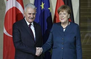 Yıldırım ile Merkel Berlin'de görüşecek