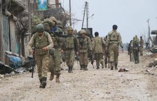 Afrin'de merkezin kuşatılması için son 1,5 kilometre...