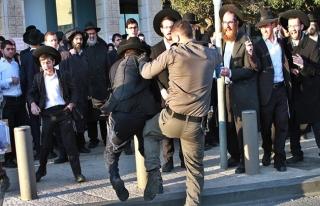 İsrail'de hükümetin başı Haredi Yahudilerle dertte