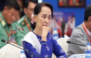 ABD, Suu Çii'nin ödülünü iptal etti
