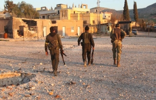 ÖSO, kurtarılan köylerdeki Afrinlilerin güvenliğini...