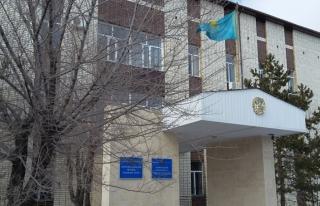Kazakistan'da Tebliğ Cemaati üyeleri hakim karşısında