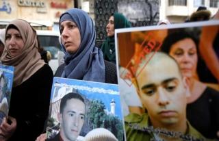 Yaralı Filistinliyi öldüren İsrail askerinin hapis...