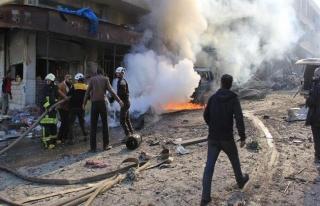İdlib'de hava saldırıları sürüyor: 2 ölü,...