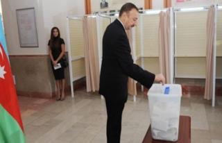 Azerbaycan'da oy kullanma işlemi sona erdi