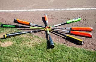ABD'de öğretmenler beyzbol sopalarıyla korunacak!
